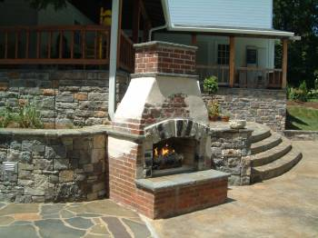 Firepits & Fireplaces